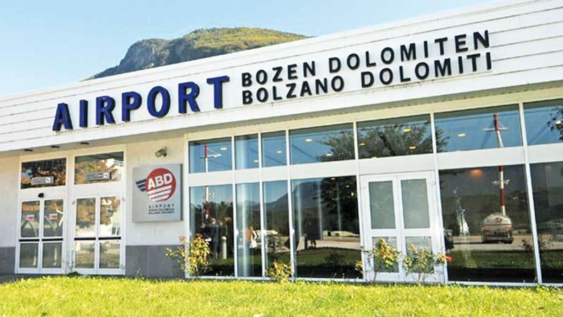 Airport Eingang Bozen