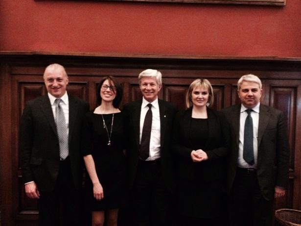 Die Wahlmänner und -frauen (Foto: Renate Gebhard)