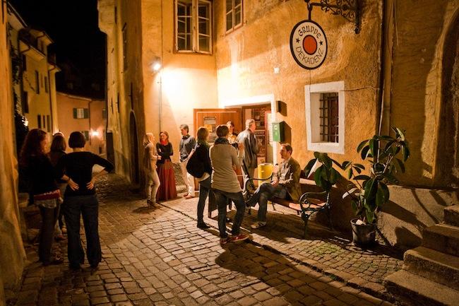 Der Anreiterkeller in Stufels: Südtirols ältestes Städtetheater feiert Geburtstag.