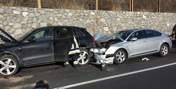 Der Unfall im Vinschgau (Fotos: FF Latsch)