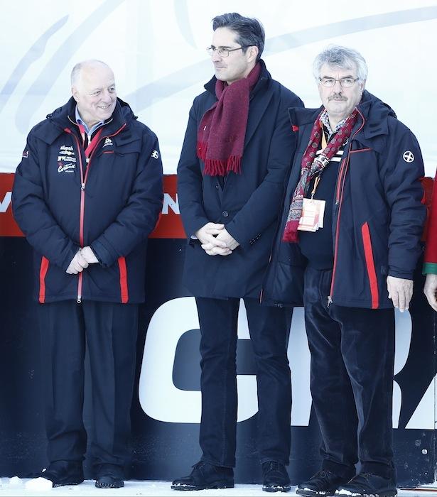 Bürgermeister Guido Bocher, OK-Chef Herbert Santer und Landeshauptmann Arno Kompatscher