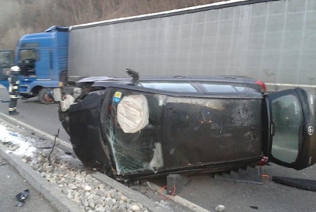 Der Unfall in Latsch (Fotos: FF Latsch)