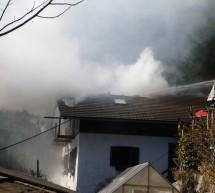 Flammen im Dachstuhl