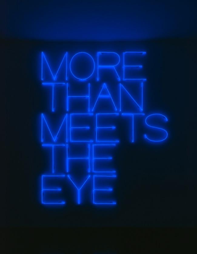 Maurizio Nannucci, More than meets the eye, 1987/2000 (Foto Luca Meneghel)