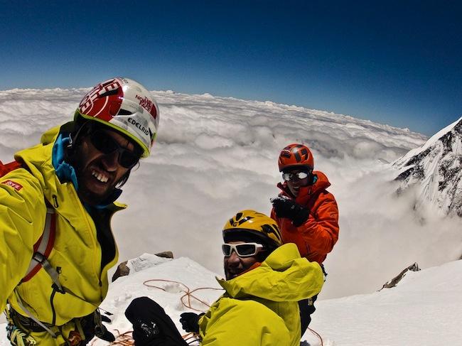 Hansjörg Auer am Kunyang Chhish Ost : Der Berg galt  als eines der letzten großen ungelösten Probleme im Karakorum.