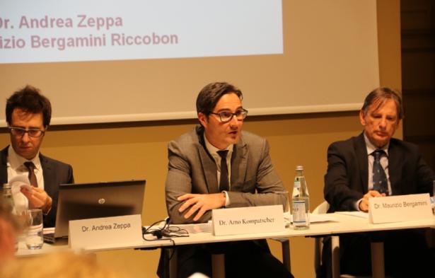 LH Kompatscher (Bildmitte), Andrea Zeppa (l.) und Maurizio Bergamini
