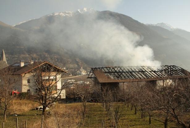 Der abgebrannte Stadel (Fotos: FF Göflan)