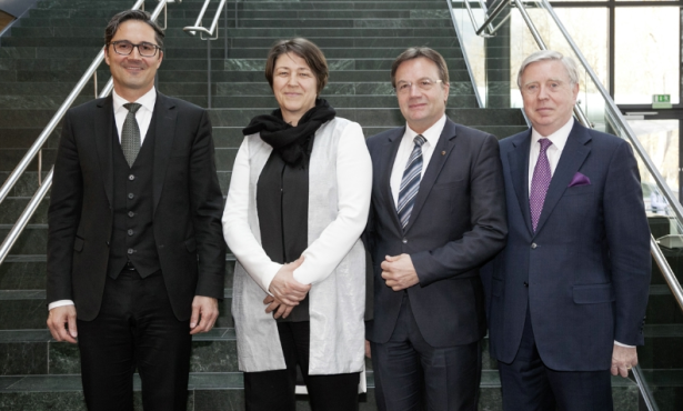 Arno Kompatscher, EU-Verkehrskommissarin Violeta Bulc, LH Günther Platter und EU-Koordinator Pat Cox