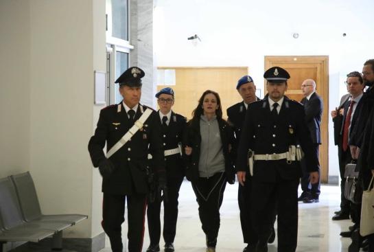 Ester Quici am Dienstag im Polizeiplast (Foto: ALTO ADIGE)