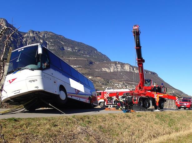 Der Schweizer Bus (Fotos: FF Kurtatsch)