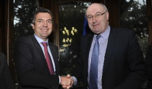 Herbert Dorfmann mit EU-Kommissar Hogan