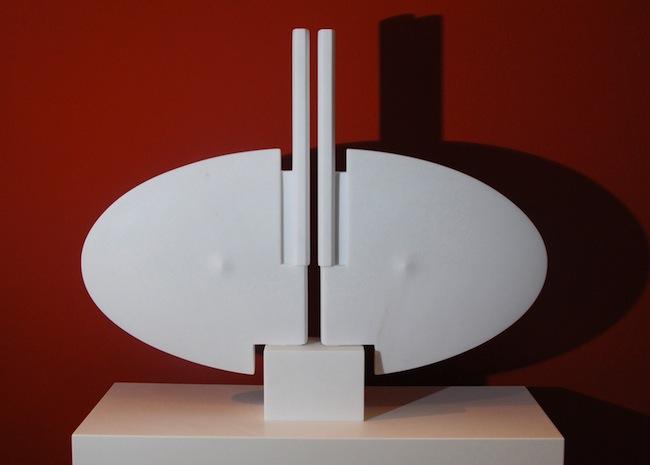 Skulptur von Othmar Treffer: Der weibliche Körper, das Geheimnisvolle, das Verborgene
