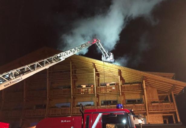 Der Brand in Sexten (Foto: FF Sexten)