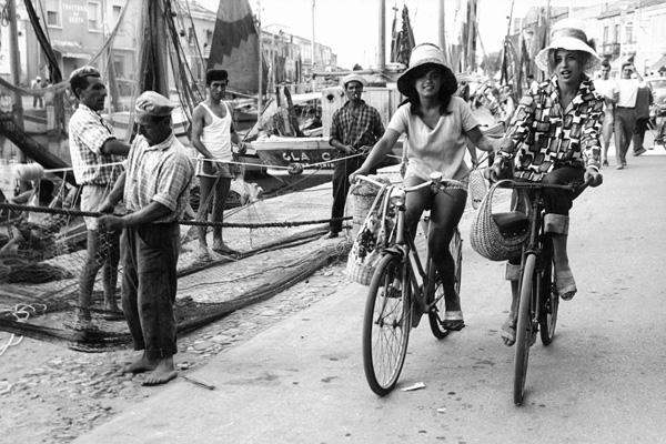 Fotografie von Erich Lessing: Ich sehe mir die Welt durch meine Augen an und nicht durch den Sucher der Kamera.
