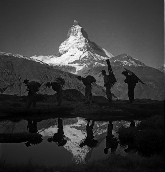 Matterhorn: Transport von Filmmaterial in den 1920er Jahren.