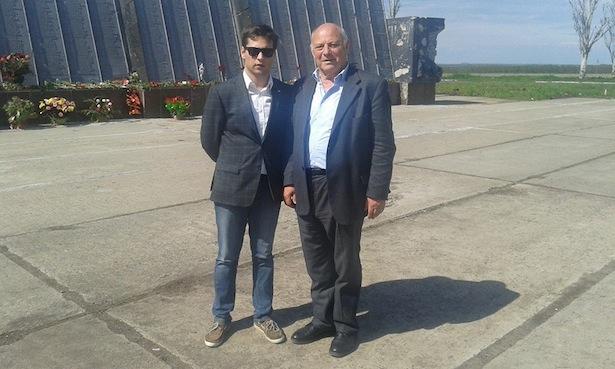 Alessandro Bertoldi und Luis Durnwalder in Donezk (Foto: Alessandro Bertoldi/Facebook)