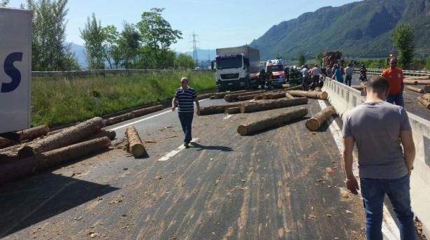 Der Unfall auf der MeBo (Foto: Goinfo.it/Savio)