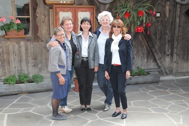 Marina Di Muzio (Präsidentin Confagricoltura Donna), Maria Luisa Bertoluzza (Vize-Präsidentin Coldiretti Donne Impresa) Landesbäuerin Hiltraud Erschbamer (Südtiroler Bäuerinnenorganisation), Mara Longhin (Präsidentin Donne in Campo), Mara Baldo (Präsidentin Donne in Campo Trentino)