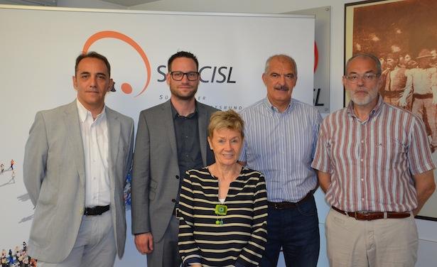 Die Mitglieder des neuen Landessekretariats des SGB/Cisl (Michele Buonerba ist der 1. v. l.)