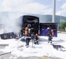 Bus in Flammen