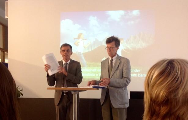 LR Richard Theiner und Abteilungsdirektor Anton Aschbacher