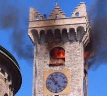 Brennender Turm