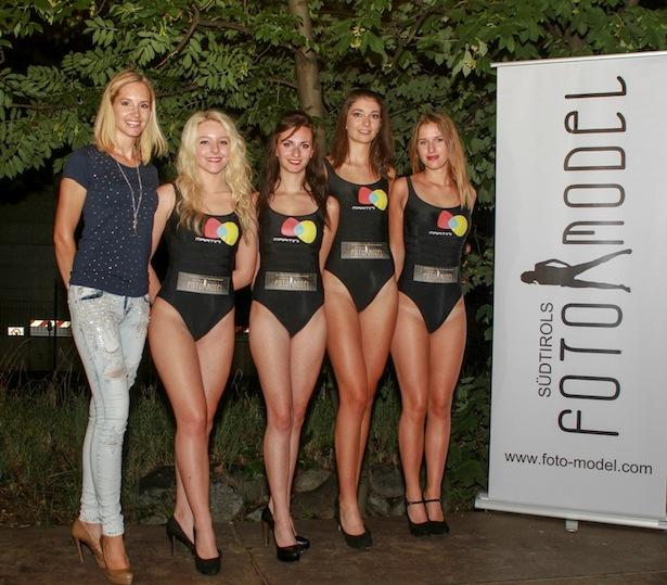 Susanne Zuber mit den Finalistinnen Sabrina Cerbaro, Valentina Gazzini, Anna Bauer und Monica Marabese (Foto: Marco Masotti)