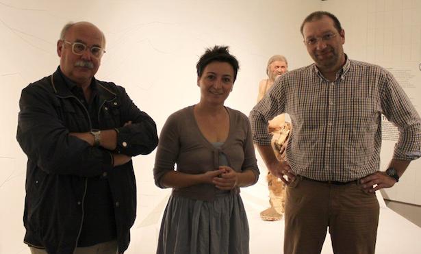 (v.l.) Eduard Egarter Vigl, Angelika Fleckinger, Oliver Peschel (Foto: Südtiroler Archäologiemuseum)