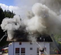 Haus in Flammen