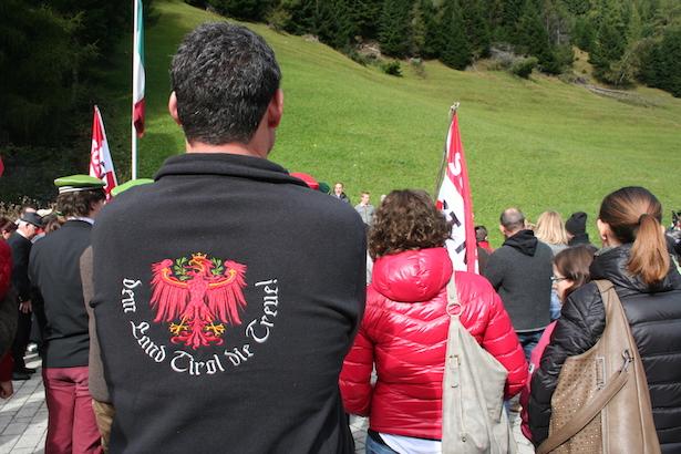 Patriotische Shirts: In Schulen erlaubt?