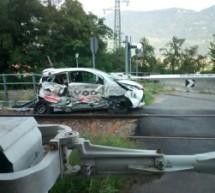 Vinschger Bahn rammt Auto