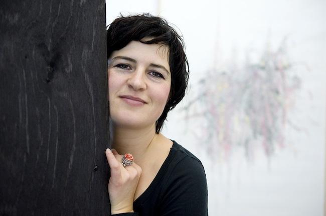 """Gabriela Oberkofler: Geschichten von """"Krautschneidern"""" und Heimatverbundenheit. (Foto: Museion)"""