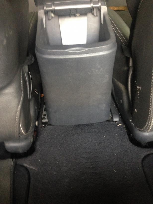 Das Versteck: Zwischen den Sitzen gab es einen Hohlraum.