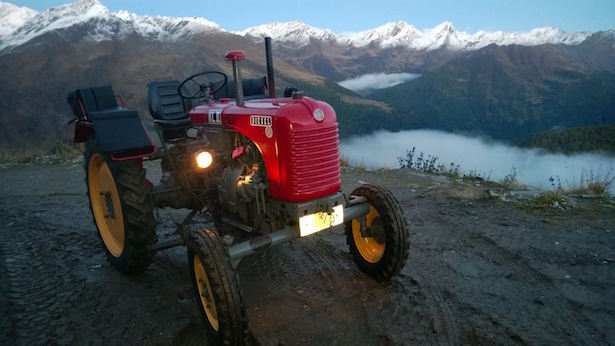 Traktor am Timmelsjoch
