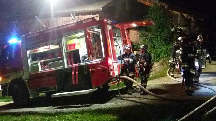 Der Einsatz der Feuerwehren (Fotos: FF Welschellen)