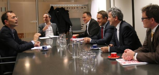 Armin Gatterer, LR Philipp Achammer, LR Helmut Bieler, Mario Baier, Generalkonsul Wolfgang Spadinger und Alexander Comploj (Foto: lpa/me)