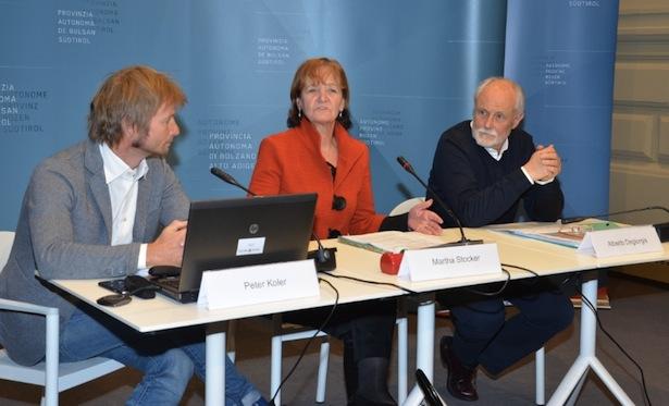 Die Pressekonferenz der Landesrätin mit den Experten am Donnerstag in Bozen