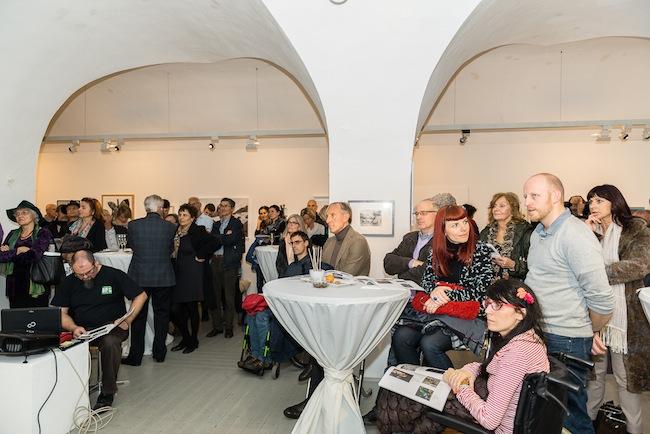 Auktion in der Galerie Prisma: 90 Prozent  der Arbeiten auf Leinwand verkauft.
