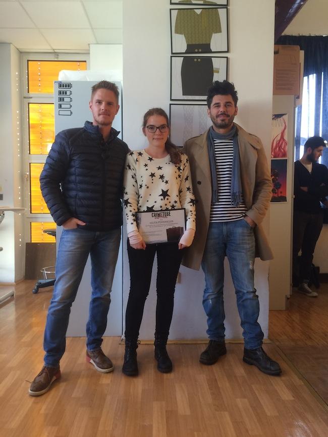Ricardo Angelini und Andy Hartner mit der Gewinnerin des CrimeTube-Wettbewerbs Silvia Fischnaller: Eine 18jährige Schülerin schreibt die erste Südtiroler Webserie.