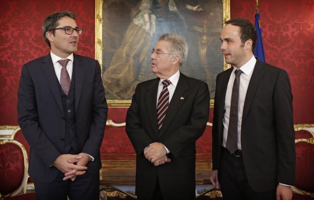 Bundespräsident Heinz Fischer empfängt am 23 11 2015 den Landeshauptmann von Südtirol, Arno Kompatscher, in der Wiener Hofburg.