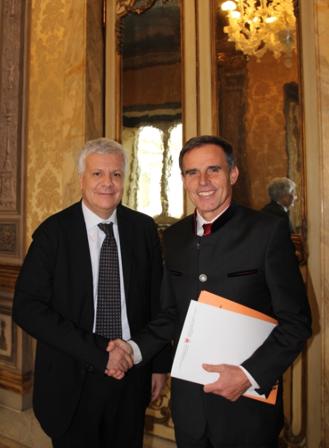 Richard Theiner mit Umweltminister Galletti