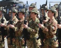 Soldaten beim Land