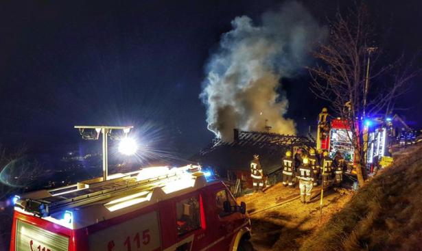 Der Brand am Zwiglhof (Foto: FF Vierschach)