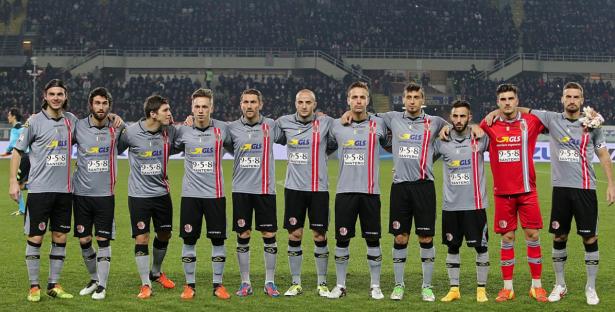 Die Mannschaft von Alessandria vor dem Anpfiff (Foto: quotidianopiemontese.it)