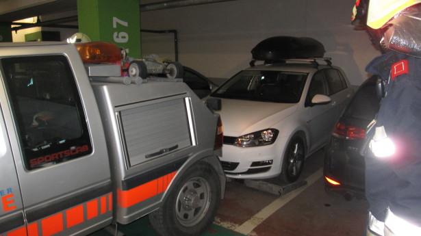 Der Einsatz in der Tiefgarage (Foto: FF Bruneck)