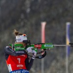 Karin Oberhofer beim Schießen (Foto: Manzoni)