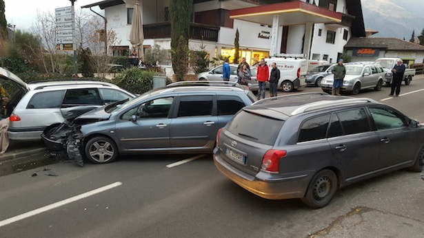 Der Unfall in Schenna (Fotos: FF Schenna/Pichler)