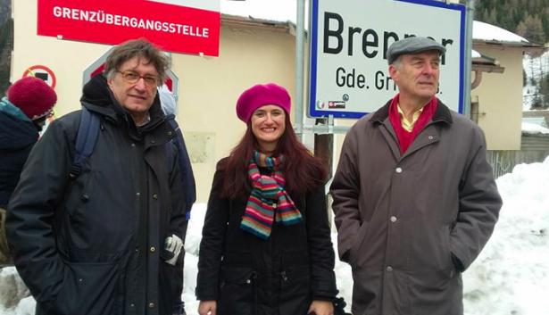 Brigitte Foppa, Riccardo Dello Sbarba und Sepp Kusstatscher am Samstag am Brenner