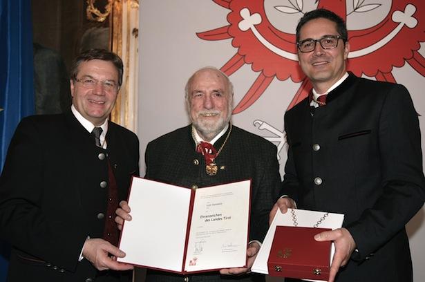 Luis Vonmetz mit den Landeshauptleuten