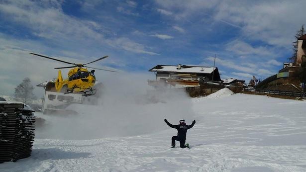 Polizei Hubschrauber Pelikan Ski
